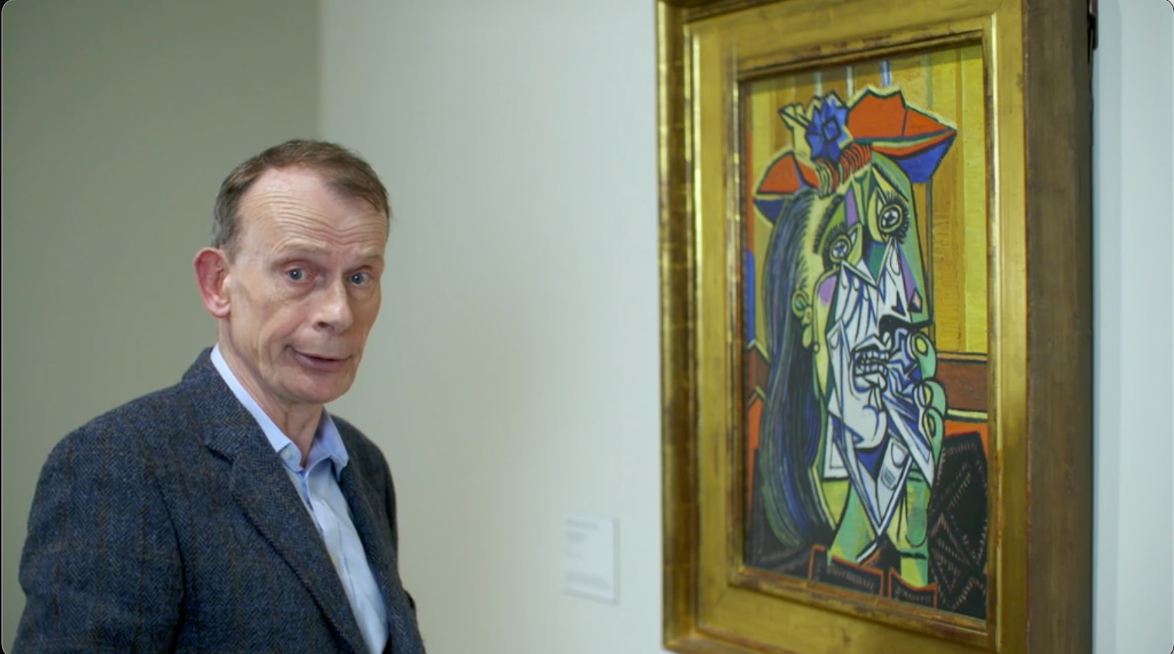 Andrew Marr looking at The Weeping Woman by Pablo Picasso