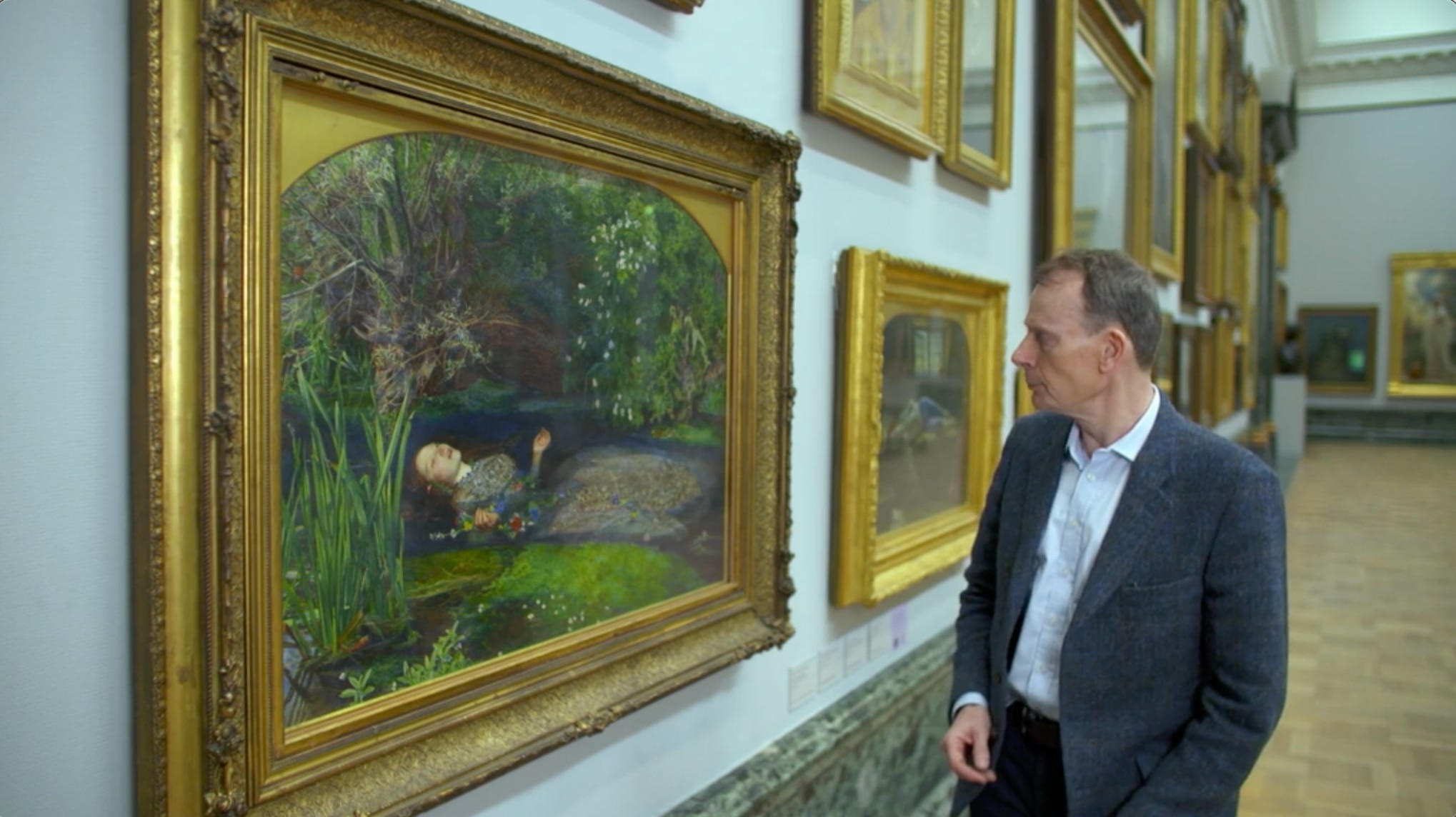 Andrew Marr looking at Ophelia by John Everett Millais